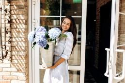 What is the Difference Between Garden Doors Vs. French Doors?