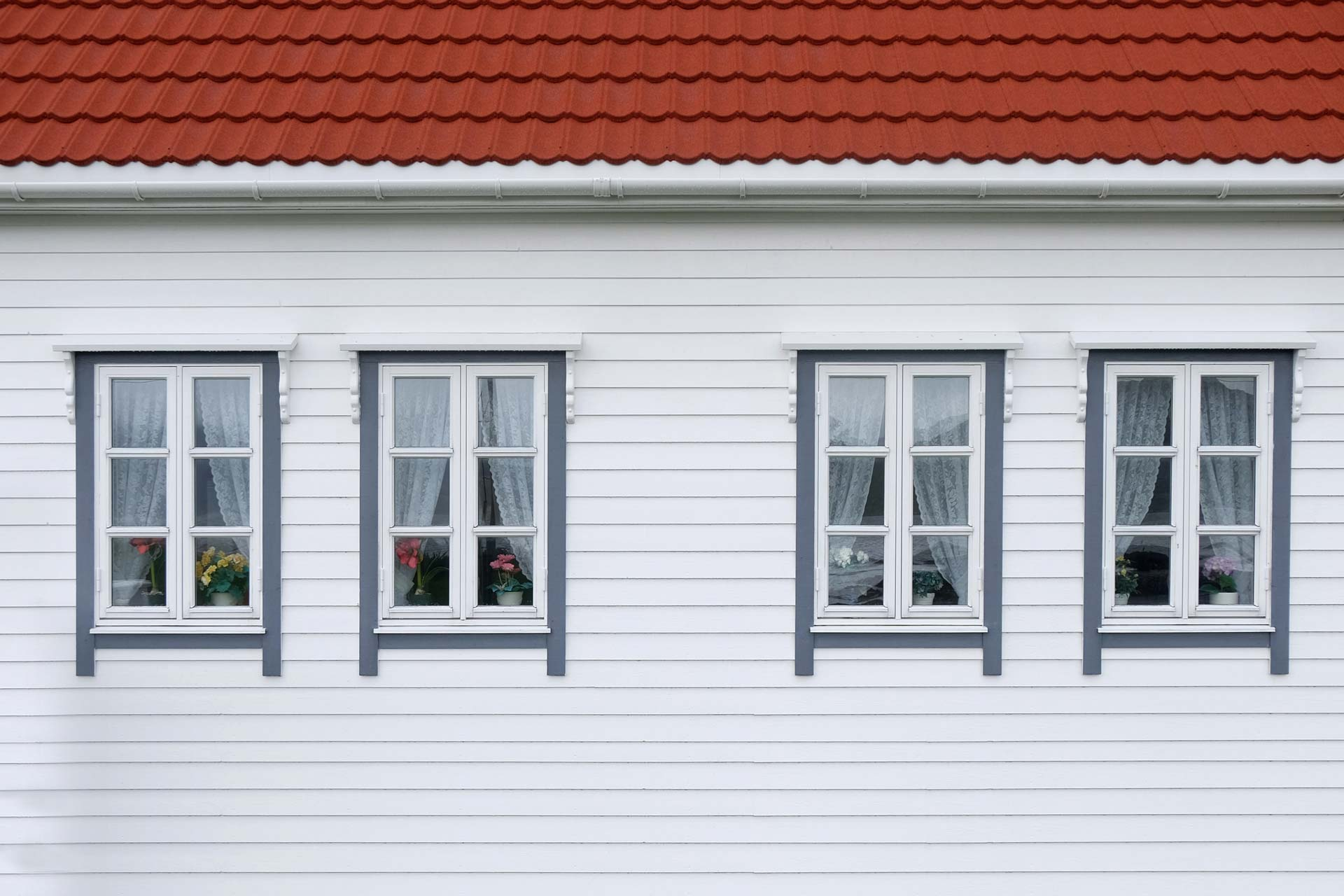 What Are The Signs You Need New Windows?